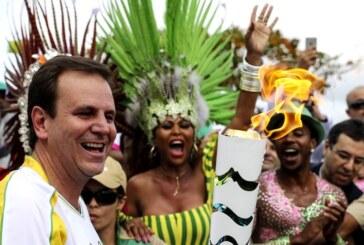La antorcha llegó a Río a dos días de la inauguración de los Olímpicos