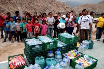 Perú envía ayuda a los damnificados de las inundaciones y sigue en alerta por las lluvias