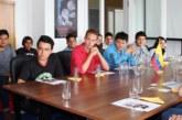 Estudiantes ecuatorianos visitan la Embajada del Ecuador en Berlín