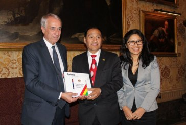 Il Sindaco Pisapia incontra l'Ambasciatore della Bolivia in Italia