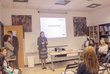 Mujeres migrantes participan en Milán en taller sobre prevención  de cáncer de seno