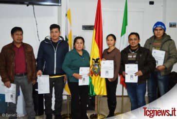 BOLIVIANOS EN ITALIA: Capacitan en Milán jurados electorales en vista del referendo 2016