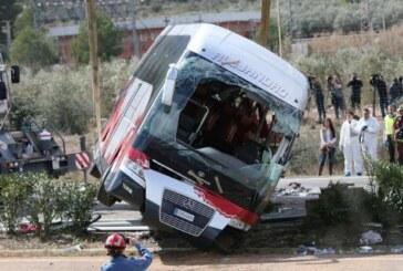 Spagna, si schianta autobus: 13 studentesse morte. Sette le vittime italiane