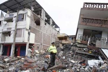 Aumenta a 246 la cifra de muertos por el terremoto en Ecuador, con 2.527 heridos