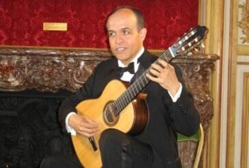 Julio Almeida : Embajador de la guitarra ecuatoriana al Teatro Carlo Felice en único concierto.
