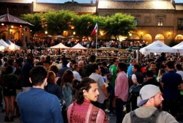 """Miles de personas reviven el """"Grito"""" de la Independencia de México en Barcelona"""