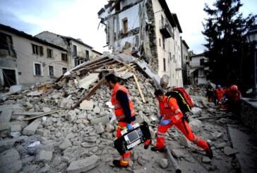 La tierra no deja de temblar, miles de desplazados