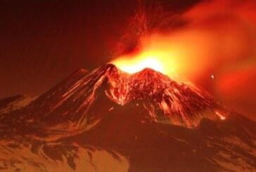 Italia: Diez heridos leves en explosión de volcán Etna