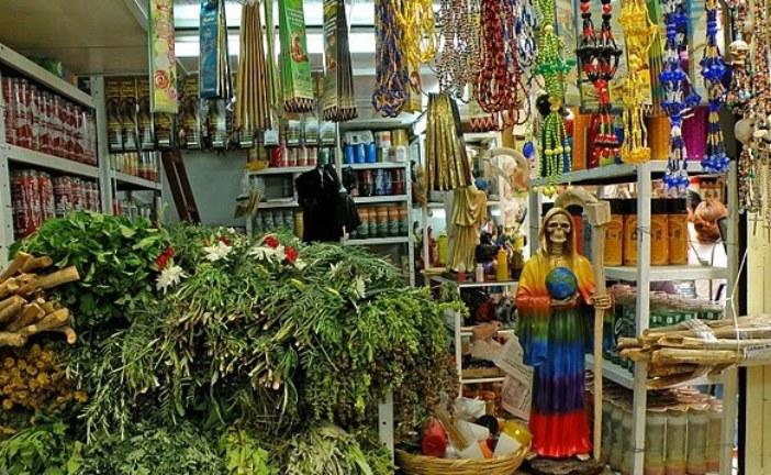"""La magia dei """"Tianguis"""" e il folklore messicano arrivano a Brescia"""