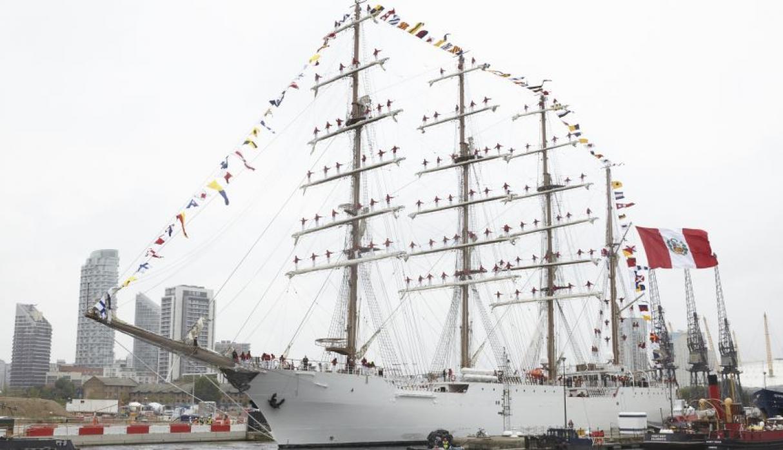 El buque de vela más grande de América Latina atraca en Londres