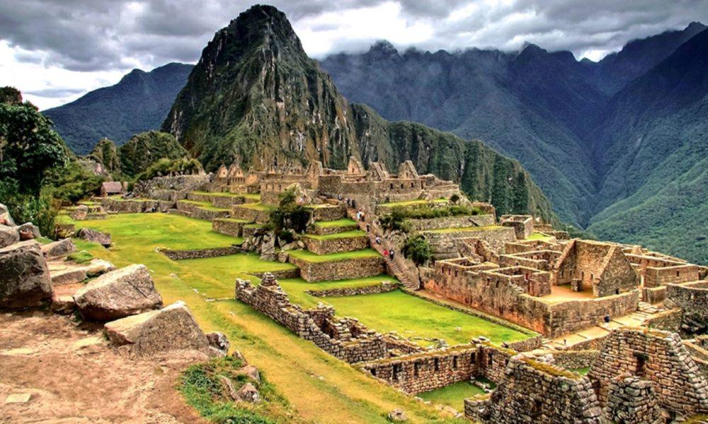 Perú, mejor destino culinario y Machu Picchu mejor atracción turística del mundo