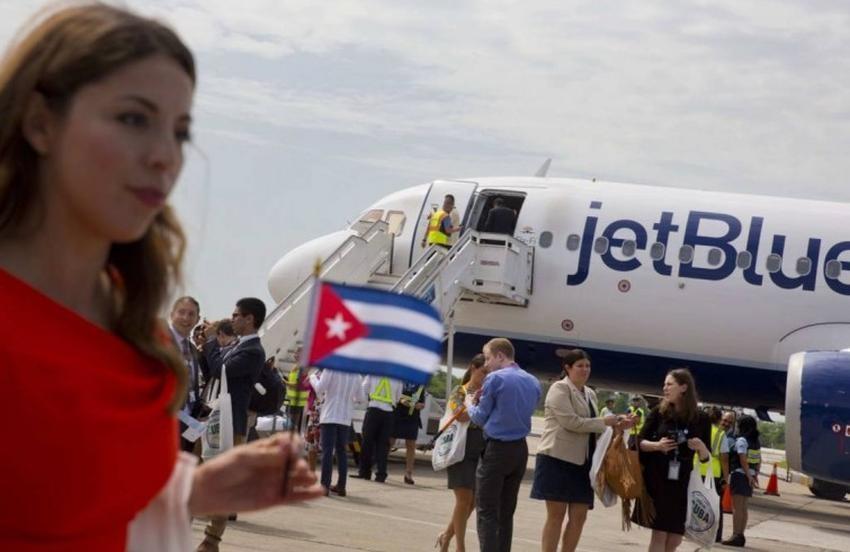 En 4 años más de 800 mil cubanos viajaron al extranjero, según el régimen