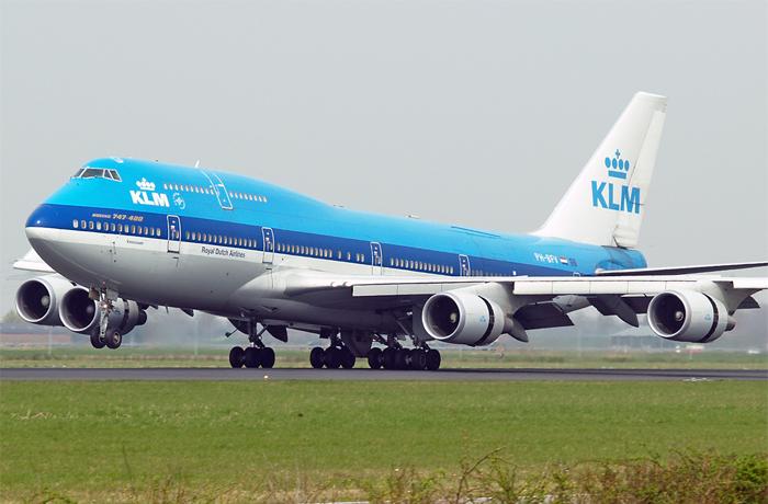 KLM porta in Italia la Nazionale di Calcio Olandese