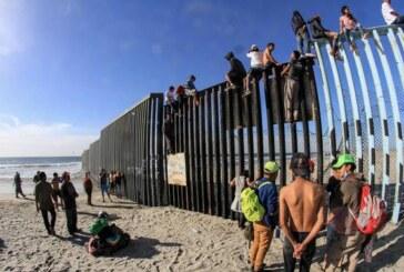 La caravana de migrantes se atreve y desafía a Estados Unidos