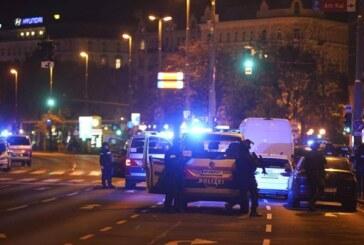 Attentato a Vienna, commando in azione: sparatorie in 6 luoghi diversi, ci sono morti e feriti