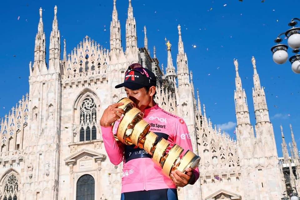Egan Bernal vince il Giro d'Italia 2021